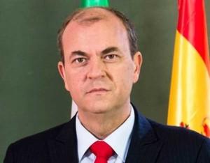 jose-antonio-monago-el-bono-solidario_detalle_articulo
