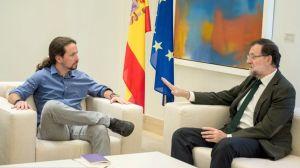 Podemos-Iglesias-Gobierno-Mariano-Moncloa_EDIIMA20151030_0724_18