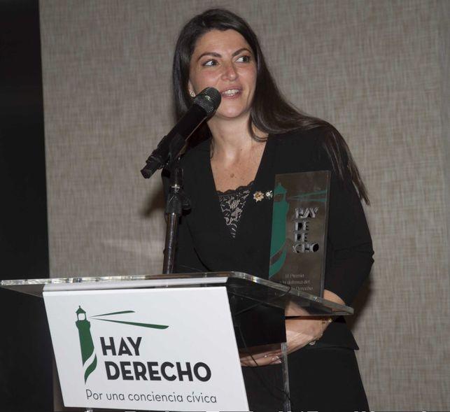 Macarena-Olona-recibir-premio-Derecho_EDIIMA20180216_0725_5.jpg